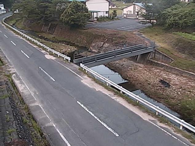君谷川京覧原ライブカメラは、島根県美郷町の京覧原に設置された君谷川が見えるライブカメラです。