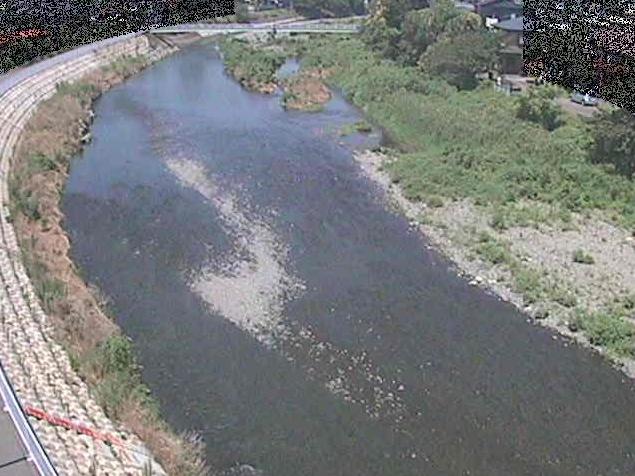 金目川観音橋ライブカメラは、神奈川県平塚市南金目の観音橋に設置された金目川が見えるライブカメラです。