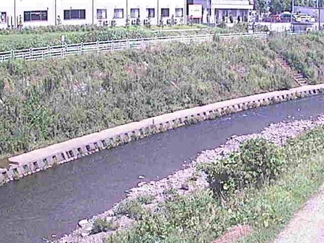 境川高鎌橋ライブカメラは、神奈川県横浜市泉区の高鎌橋に設置された境川が見えるライブカメラです。