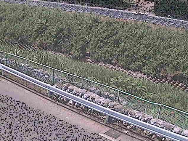 境川高橋ライブカメラは、東京都町田市小山町の高橋に設置された境川が見えるライブカメラです。