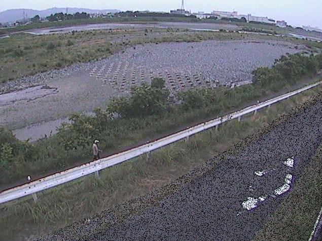 酒匂川富士道橋ライブカメラは、神奈川県小田原市中曽根の富士道橋に設置された酒匂川が見えるライブカメラです。