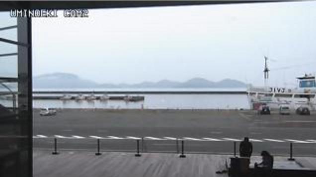 海の駅御食国若狭おばま食文化館第2ライブカメラは、福井県小浜市川崎の海の駅御食国若狭おばま食文化館に設置された小浜湾が見えるライブカメラです。