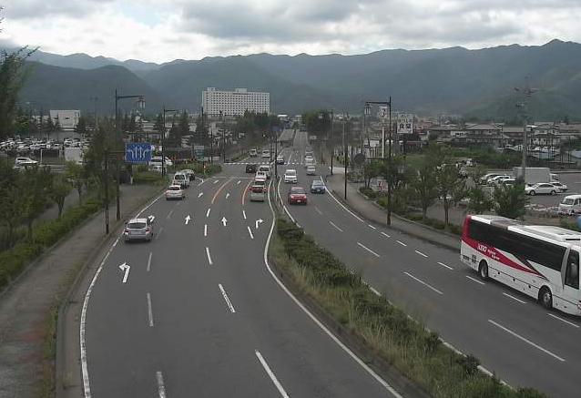 長野県道35号長野インターチェンジ前ライブカメラは、長野県長野市松代町の長野インターチェンジ前(長野IC前)に設置された長野県道35号長野真田線が見えるライブカメラです。