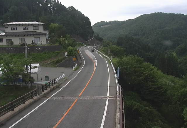 長野県道37号坂中ライブカメラは、長野県長野市の坂中に設置された長野県道37号長野信濃線が見えるライブカメラです。