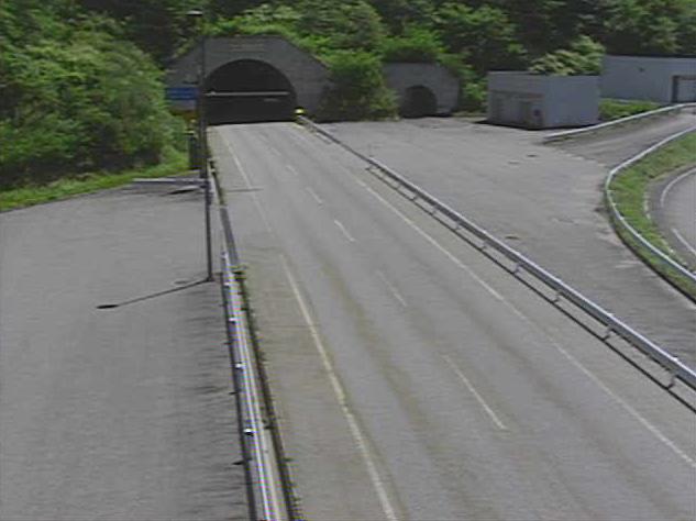 国道361号権兵衛トンネル木曽側ライブカメラは、長野県塩尻市奈良井の権兵衛トンネル木曽側に設置された国道361号(権兵衛峠道路)が見えるライブカメラです。