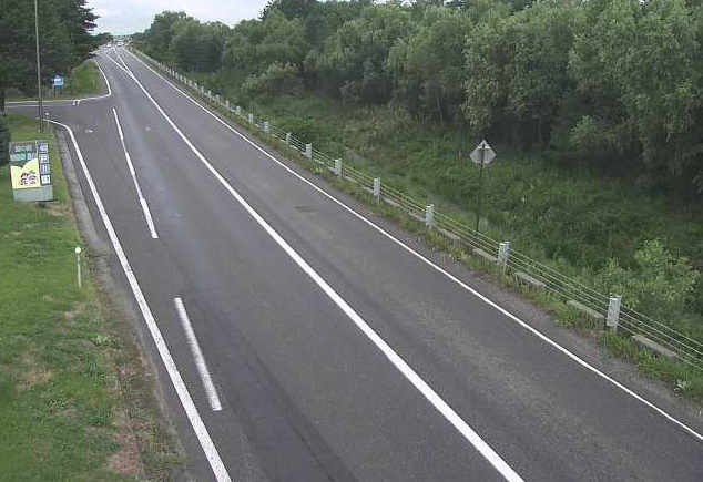 長野県道306号松川ライブカメラは、長野県松川村の松川に設置された長野県道306号有明大町線が見えるライブカメラです。