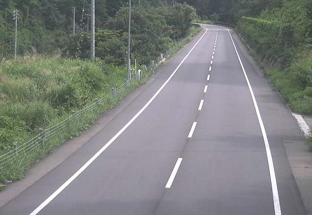 長野県道33号美麻トンネル南ライブカメラは、長野県大町市美麻の美麻トンネル南に設置された長野県道33号白馬美麻線が見えるライブカメラです。