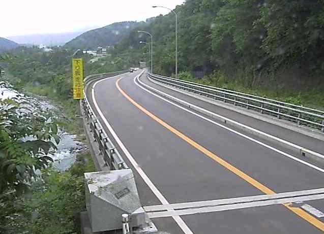 国道117号白鳥ライブカメラは、長野県栄村豊栄の白鳥に設置された国道117号が見えるライブカメラです。