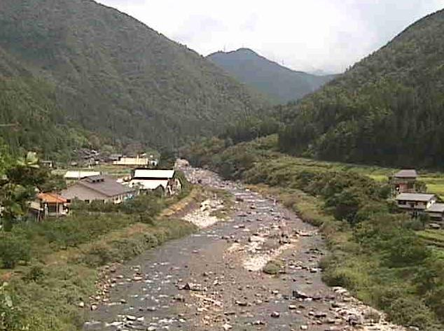 道の駅南飛騨小坂はなももライブカメラは、岐阜県下呂市小坂町の道の駅南飛騨小坂はなももに設置された小坂川が見えるライブカメラです。