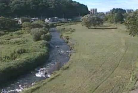 中津川山岸ライブカメラは、岩手県盛岡市の山岸に設置された中津川が見えるライブカメラです。