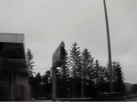 十勝清水インターチェンジau天気ライブカメラは、北海道清水町清水の道東自動車道(道東道)十勝清水インターチェンジ(十勝清水IC)に設置された上空天気が見えるライブカメラです。