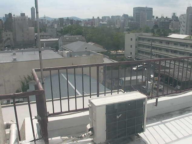 セフトライブカメラは、広島県広島市西区のセフト屋上に設置された広島市内が見えるライブカメラです。