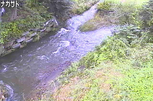 中里川合流点ライブカメラは、岩手県一戸町中里の中里川合流点に設置された中里川が見えるライブカメラです。