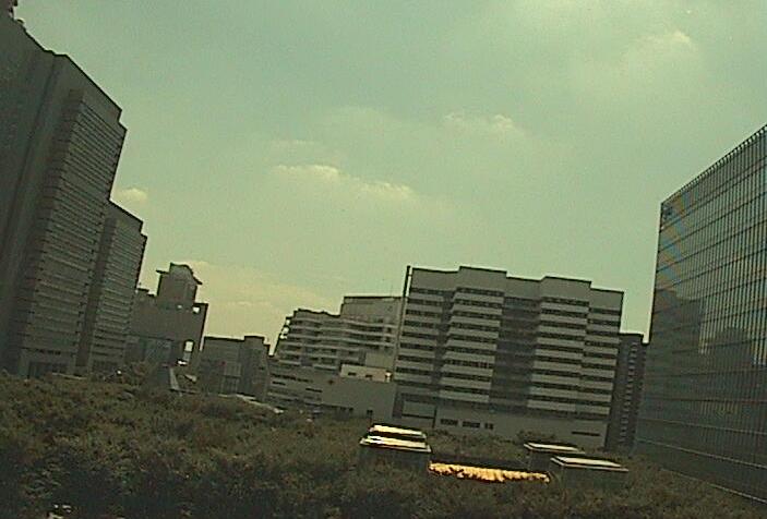 さいたまスーパーアリーナけやきひろばライブカメラは、埼玉県さいたま市中央区のさいたまスーパーアリーナけやきひろばに設置されたさいたま新都心上空・森のパビリオンが見えるライブカメラです。