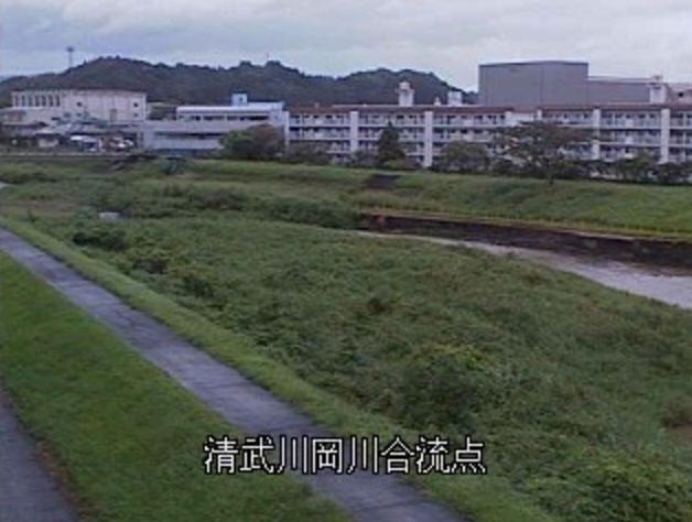 清武川岡川合流点ライブカメラは、宮崎県宮崎市清武町の清武川岡川合流点に設置された清武川が見えるライブカメラです。