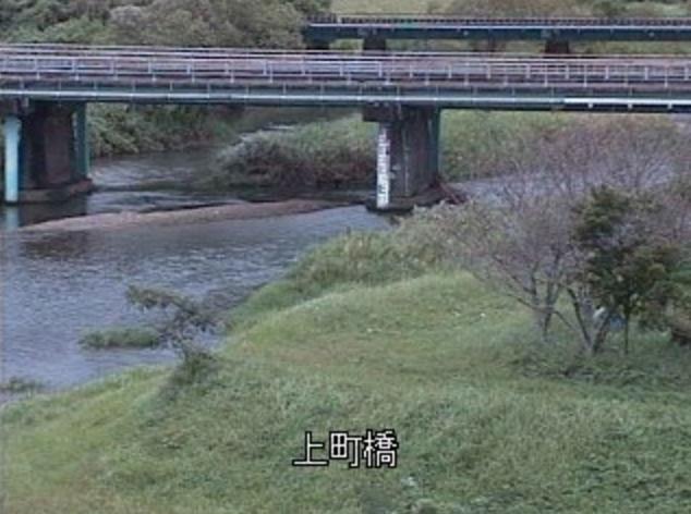 福島川上町橋ライブカメラは、宮崎県串間市串間の上町橋に設置された福島川が見えるライブカメラです。