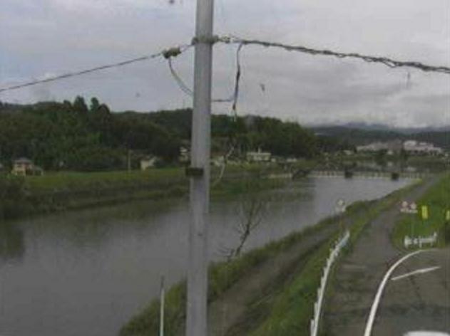 国分川葛木橋ライブカメラは、高知県高知市布師田の葛木橋に設置された国分川が見えるライブカメラです。