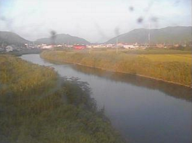 与市明川錦ライブカメラは、高知県宿毛市錦の錦に設置された与市明川が見えるライブカメラです。