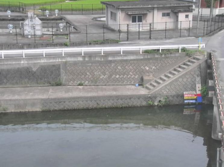 春日川川北橋ライブカメラは、香川県高松市西植田町の川北橋に設置された春日川が見えるライブカメラです。