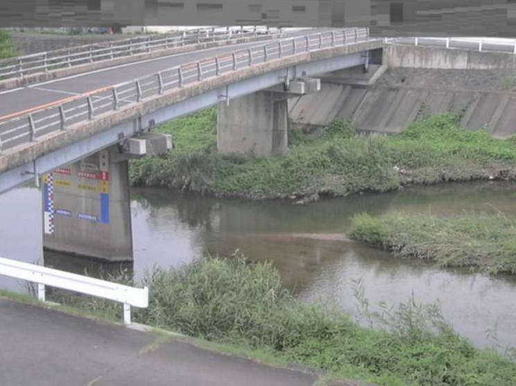 大束川津之郷橋ライブカメラは、香川県宇多津町東分の津之郷橋に設置された大束川が見えるライブカメラです。