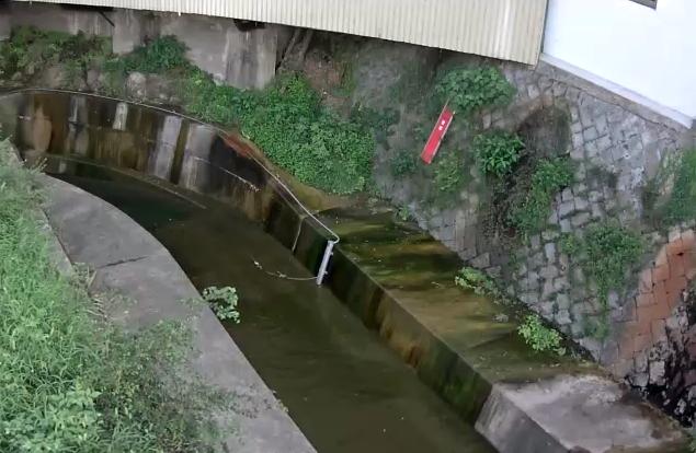 妙法寺川上与市橋ライブカメラは、兵庫県神戸市須磨区の上与市橋に設置された妙法寺川が見えるライブカメラです。