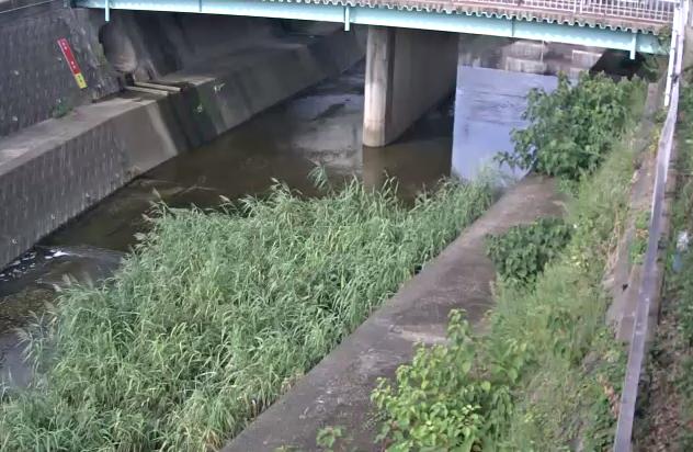 山田川西岡橋ライブカメラは、兵庫県神戸市垂水区の西岡橋に設置された山田川が見えるライブカメラです。
