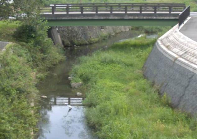 幕山川本郷ライブカメラは、兵庫県佐用町の本郷に設置された幕山川が見えるライブカメラです。