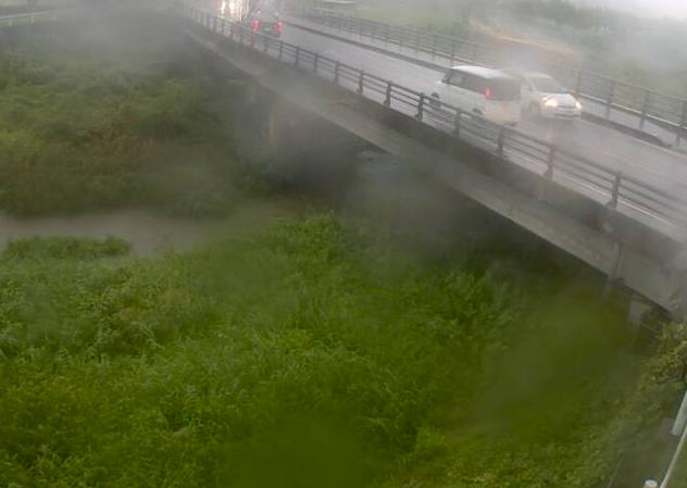 武庫川古森ライブカメラは、兵庫県篠山市の古森に設置された武庫川が見えるライブカメラです。