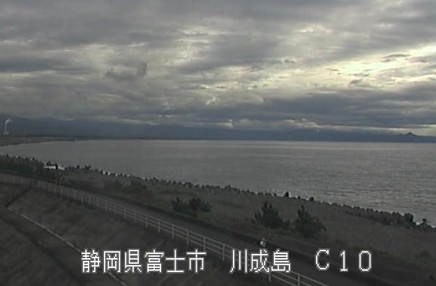 富士海岸川成島ライブカメラは、静岡県富士市の川成島に設置された富士海岸が見えるライブカメラです。