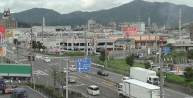 RCN国道27号岡山交差点ライブカメラは、福井県敦賀市道口の若越印刷に設置された国道27号岡山交差点(金山バイパス)・国道8号(敦賀街道)が見えるライブカメラです。