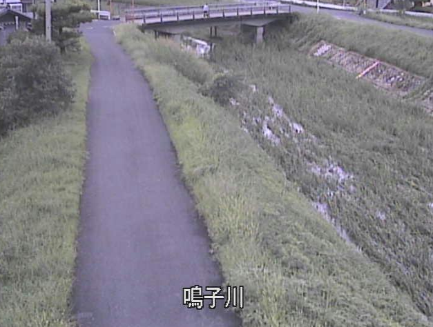 鳴子川鳴子川水位観測所ライブカメラは、京都府木津川市山城町の鳴子川水位観測所に設置された鳴子川が見えるライブカメラです。