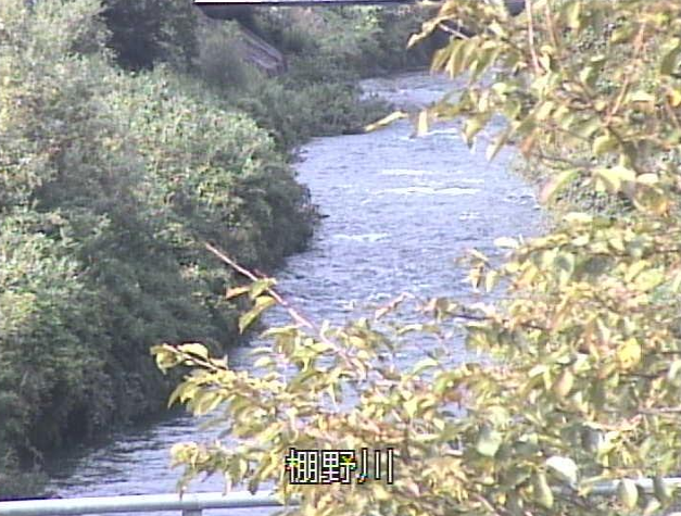 棚野川渡橋ライブカメラは、京都府南丹市美山町の渡橋に設置された棚野川が見えるライブカメラです。