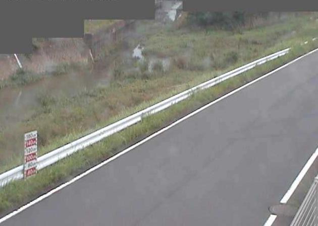 問屋町給食センター付近ライブカメラは、京都府福知山市の問屋町に設置された福知山市学校給食センター付近が見えるライブカメラです。