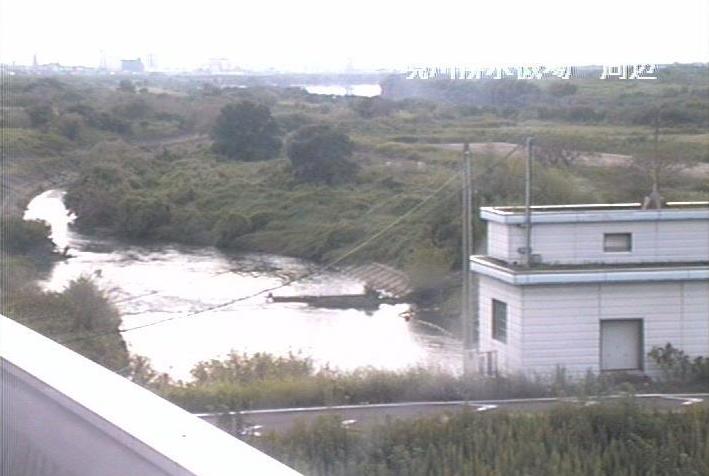 長良川境川排水機場ライブカメラは、岐阜県羽島市小熊町の境川排水機場に設置された長良川が見えるライブカメラです。