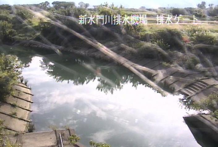 揖斐川新水門川排水機場ライブカメラは、岐阜県大垣市横曽根の新水門川排水機場に設置された揖斐川が見えるライブカメラです。