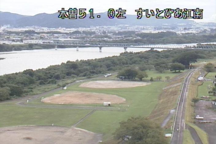 木曽川すいとぴあ江南ライブカメラは、愛知県江南市草井町のすいとぴあ江南に設置された木曽川・愛岐大橋が見えるライブカメラです。
