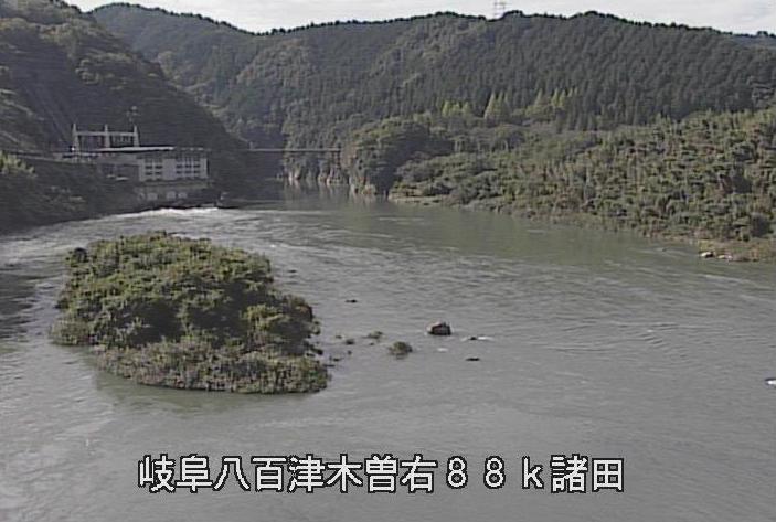 丸山ダム諸田公園ライブカメラは、岐阜県八百津町八百津の諸田公園に設置された丸山ダムが見えるライブカメラです。