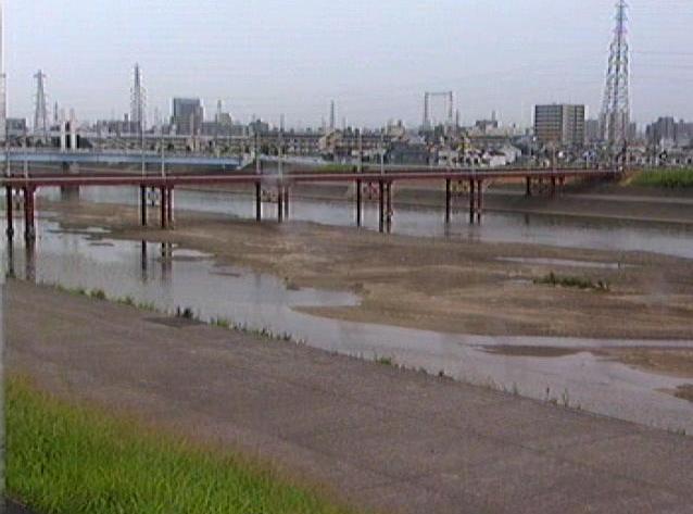 大和川遠里小野下流ライブカメラは、大阪府堺市堺区の遠里小野下流に設置された大和川が見えるライブカメラです。