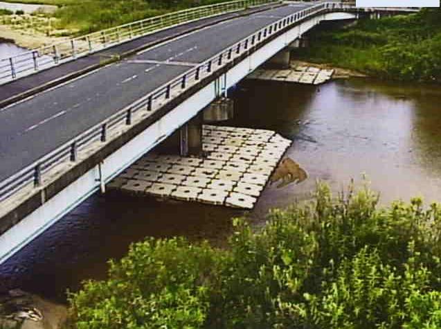 大戸川石居橋ライブカメラは、滋賀県大津市石居の石居橋に設置された大戸川が見えるライブカメラです。