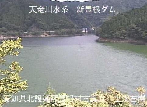 大入川古真立ライブカメラは、愛知県豊根村の古真立に設置された大入川が見えるライブカメラです。