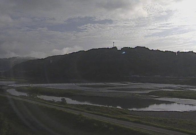仁淀川南の谷ライブカメラは、高知県いの町大内の南の谷(南ノ谷)に設置された仁淀川が見えるライブカメラです。