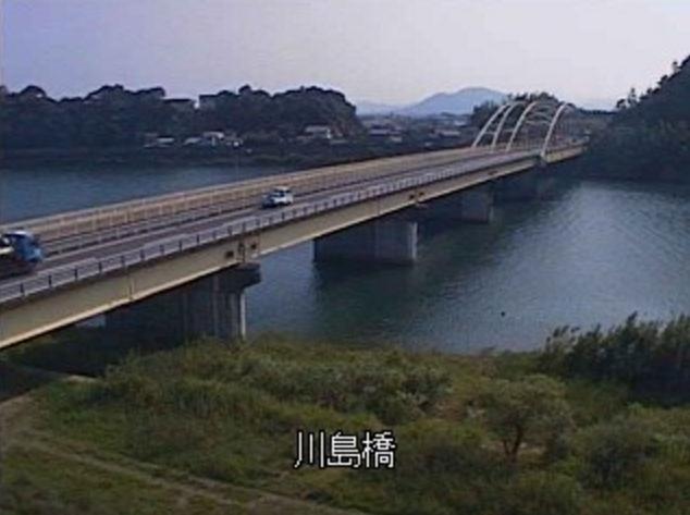 北川川島橋ライブカメラは、宮崎県延岡市川島町の川島橋に設置された北川・国道388号(日豊リアスライン)が見えるライブカメラです。
