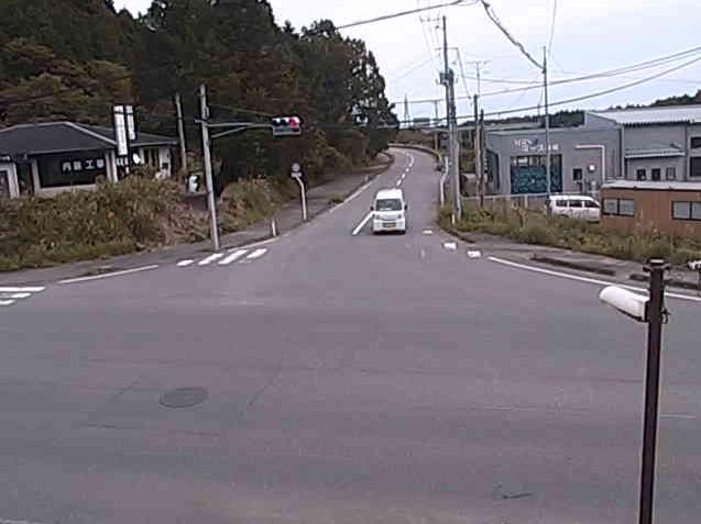 アート交差点ライブカメラは、福島県大熊町大川原のアート交差点に設置された福島県道35号いわき浪江線・福島県道166号大野停車場大川原線・高田公園周辺が見えるライブカメラです。