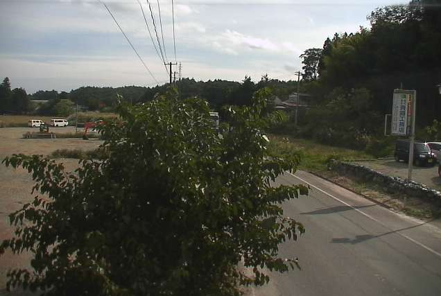 斉藤工務店交差点ライブカメラは、福島県大熊町大川原の斉藤工務店交差点に設置された福島県道35号いわき浪江線が見えるライブカメラです。