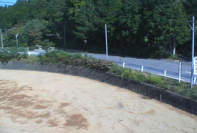 岩井戸温泉入口ライブカメラは、福島県富岡町上郡山の岩井戸温泉入口に設置された富岡町道が見えるライブカメラです。