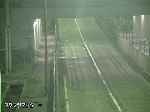石川県道186号倉部成線竹松アンダーライブカメラは、石川県白山市竹松町の竹松アンダーに設置された石川県道186号倉部成線が見えるライブカメラです。