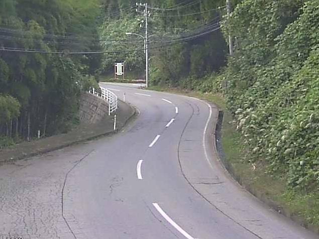 石川県道114号小原土清水線別所ライブカメラは、石川県金沢市別所町の別所に設置された石川県道114号小原土清水線が見えるライブカメラです。