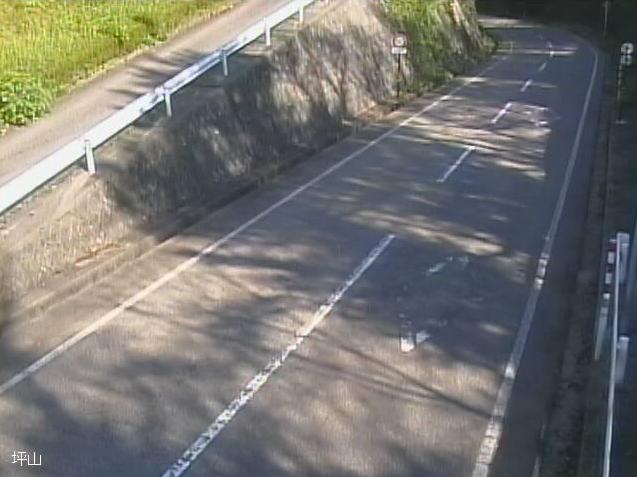 国道471号坪山ライブカメラは、石川県宝達志水町坪山の坪山に設置された国道471号が見えるライブカメラです。