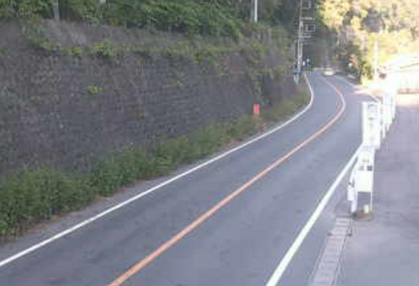 国道462号道の駅万葉の里ライブカメラは、群馬県神流町黒田の道の駅万葉の里に設置された国道462号(十石峠街道)が見えるライブカメラです。