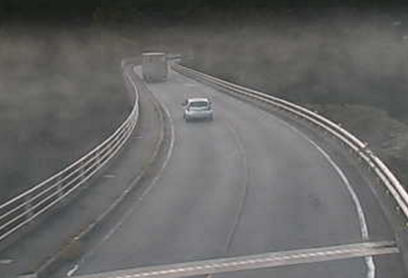 国道254号市野萱大橋ライブカメラは、群馬県下仁田町南野牧の市野萱大橋に設置された国道254号(西上州やまびこ街道)が見えるライブカメラです。
